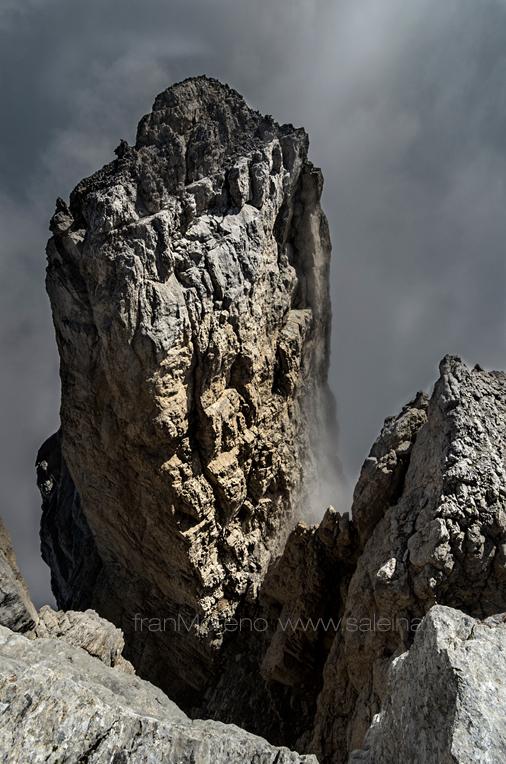 Gran aguja de Ansabere desde la cumbre del Petrechema