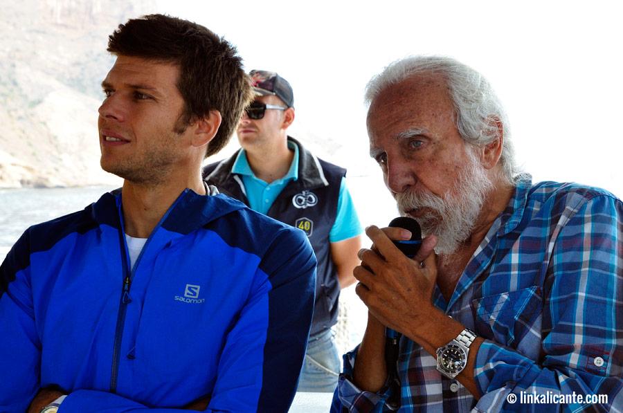 Alfonso Yébenes en DIVERDIA geológico en la Serra Gelada