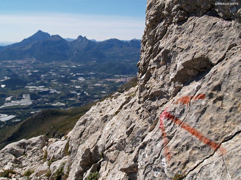 Ruta cima de Bèrnia desde el Algar