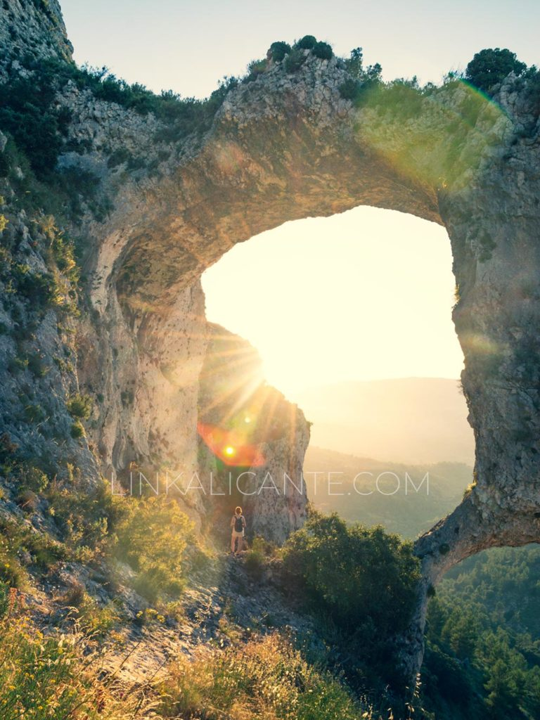 Ruta de Els Arcs d'Atanços, Castell de Castells