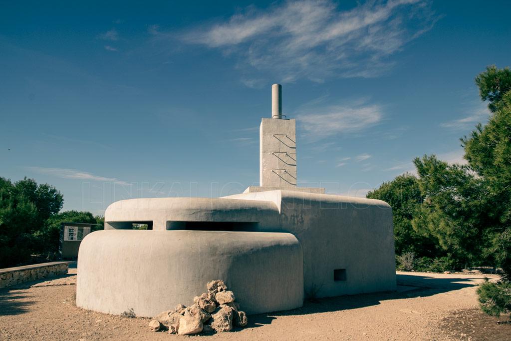 Bunker del Faro de Santa Pola
