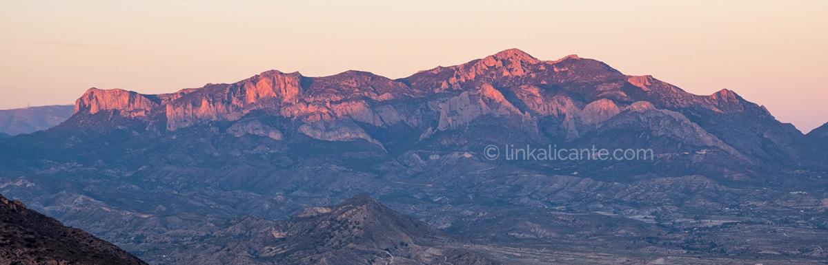 Sierra del Cabeçó d'Or al atardecer