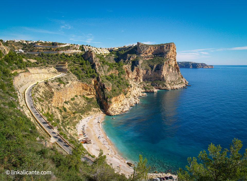 Cala Moraig, ruta de los acantilados de Benitatxell