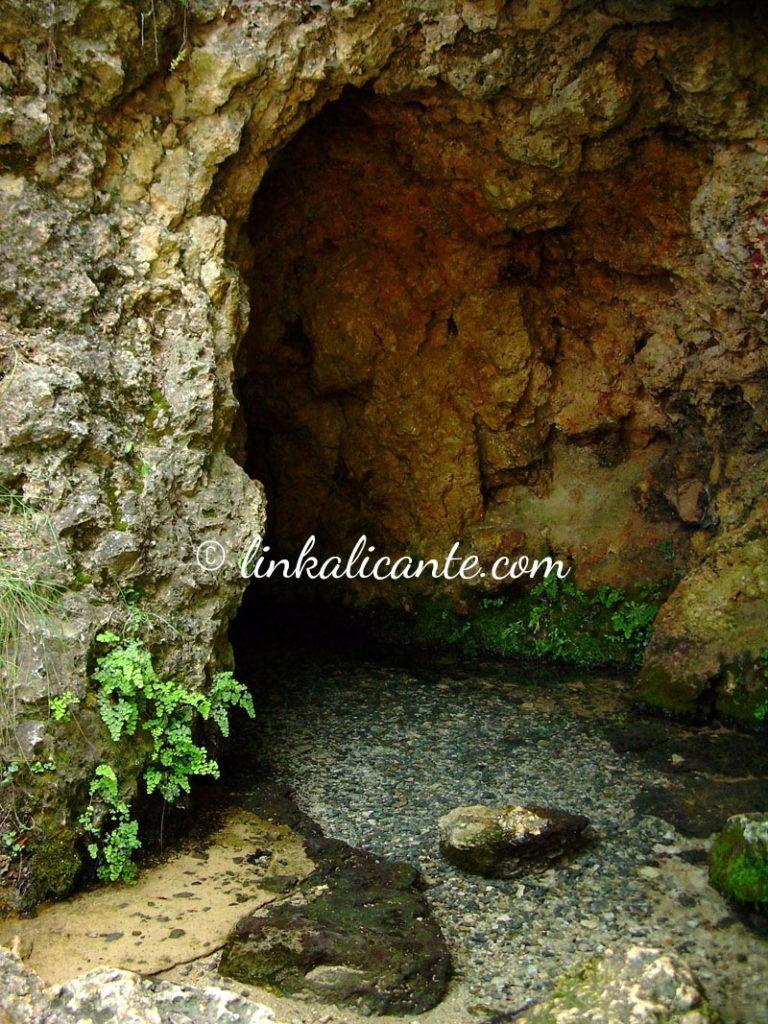Font de la Coveta, nacimiento del río Vinalopó