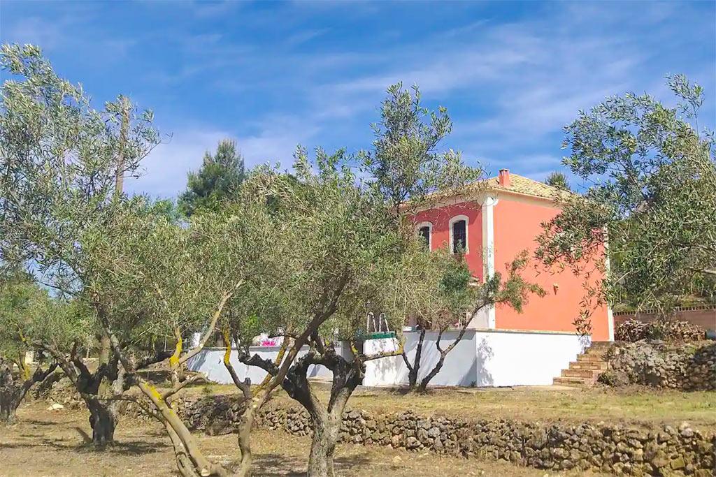 la-casita-roja-banyeres-mariola