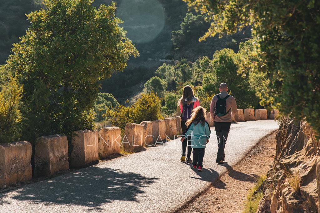 Ruta del Faro de l'Albir con niños