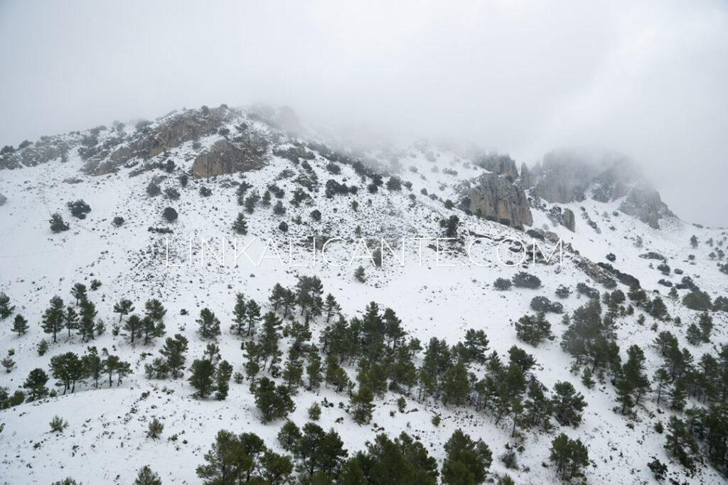 Ruta subida Pla de la Casa desde Benasau con nieve, Serrella