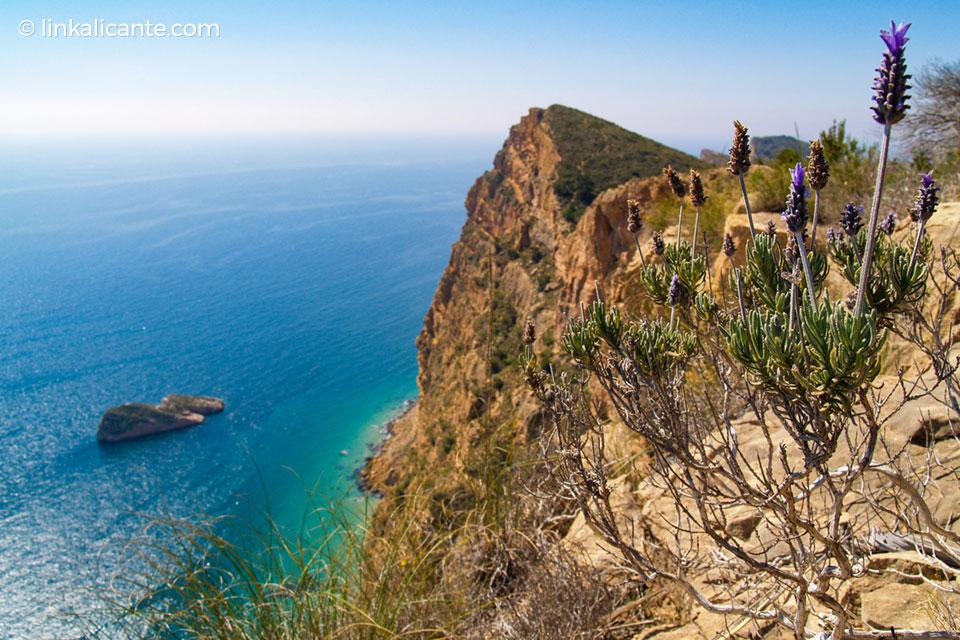 Ruta de los acantilados de la Serra Gelada