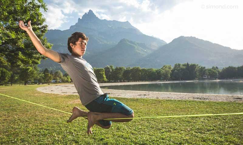 slackline camping equilibrio