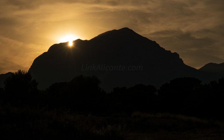 Solsticio de Verano en el Puig Campana