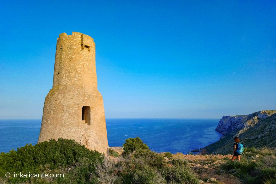 torre-gerro-denia-senderismo-acantilados