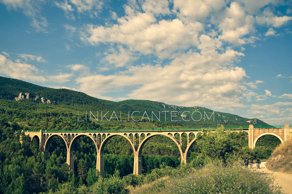 La Vía Verde de Alcoy - El Pont de les Set Llunes