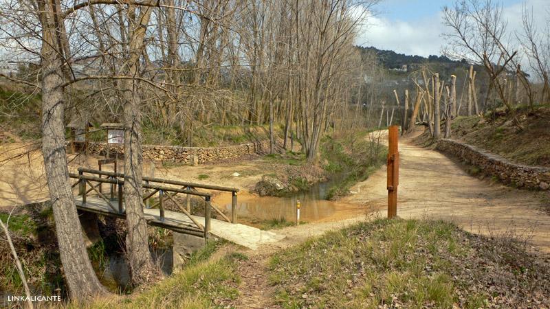 Zona de Acampada Molí l'Ombria, Banyeres de Mariola